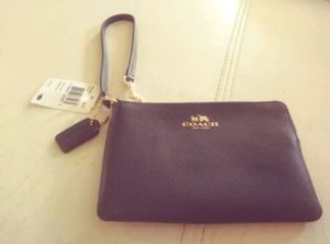 Authentic Coach wristlet for Sale in Beverly Hills, CA