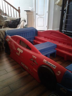 Beautiful step 2 race car bed for Sale in North Las Vegas, NV