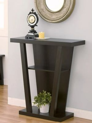 Modern Console Table in Cappuccino for Sale in Ontario, CA