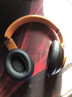 Beats wireless 3 noise canceling for Sale in Dublin, CA