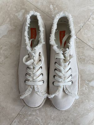 Shoes size US 8.5 EURO 39 for Sale in Hallandale Beach, FL