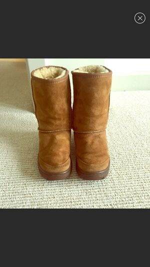 Ugg Chestnut Short Michaela Sz.5!!! for Sale in Chevy Chase, MD