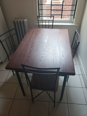 Kitchen table w/4 chairs for Sale in Trenton, NJ