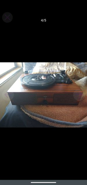 UDreamer Turntable/Bluetooth Speaker for Sale in Pasco, WA