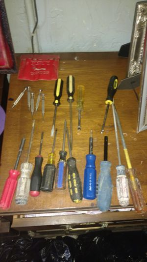 25+ScrewDrivers for Sale in HOPEWELL, NY