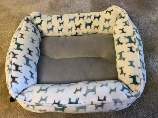 Used dog bed