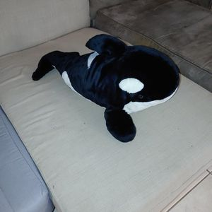 Giant Plush Shamu for Sale in Orlando, FL