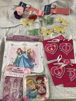 Disney Princesses & Butterflies Birthday party kit for Sale in San Marcos, CA