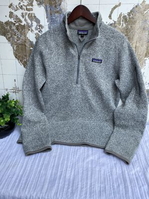 Patagonia sweater 1/4 zip for Sale in E RNCHO DMNGZ, CA