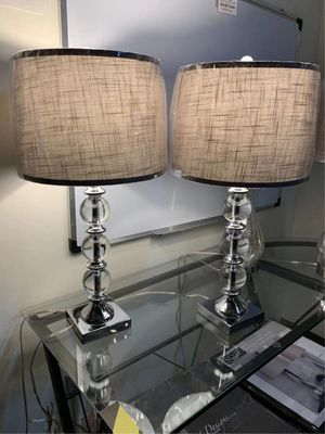 """New in box 2 pack bridgeport designs table light modern style elegant 29"""" tall table lamps with natural shade lamp for Sale in Los Angeles, CA"""
