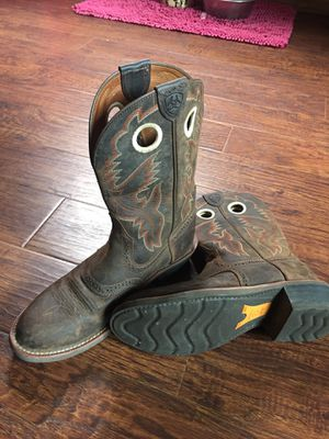 Ariat Boots • Womens Size 7.5 for Sale in Battle Ground, WA