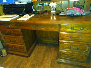(I NEED SERIOUS INQUIRIES ONLY) Antique Solid oak desk for Sale in Clayton, NC