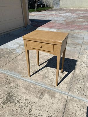 Sewing machine table for Sale in Queens, NY