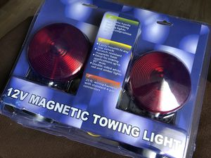 12 v magnetic towing light in great condition for Sale in Orange, CA