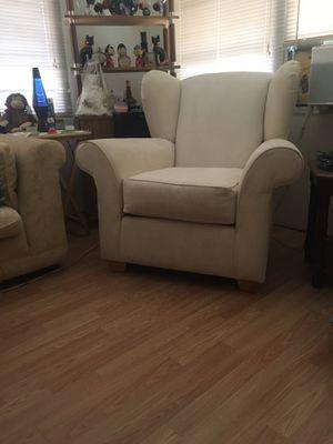 Beige chair for sale. for Sale in Saint Petersburg, FL