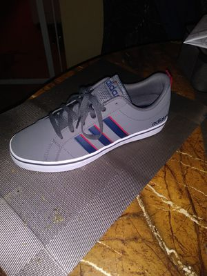 Brand new pair of Adidas size 9 for Sale in Philadelphia, PA