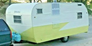 Yellowstone Camper for Sale in Palmdale, CA