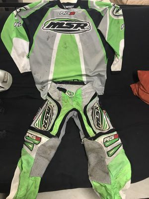 Dirt bike outfit for Sale in Pittsburgh, PA