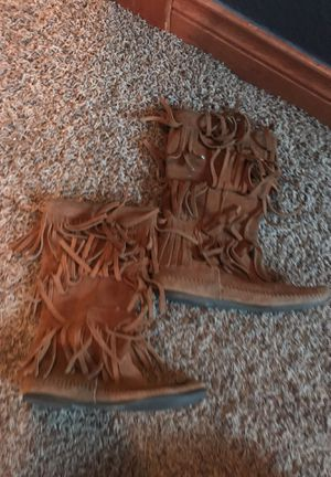 Minnetonka Tan Fringe Boots size 7 for Sale in Denver, CO