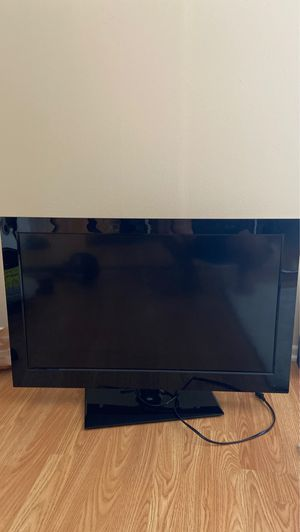 32 inch 1080 p flat screen tv for Sale in Los Angeles, CA