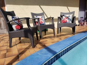 Outdoor chairs/outdoor furniture/patio chairs/patio furniture/balcony chairs set/ sillas de patio. for Sale in Hollywood, FL