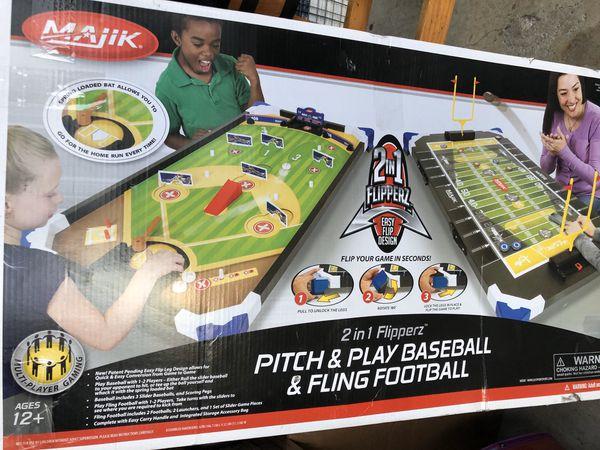 Play baseball and fling football game