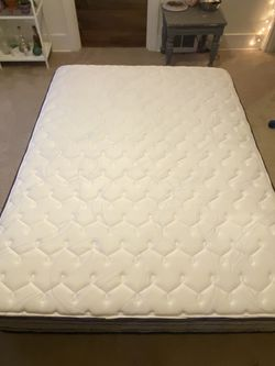Queen Mattress! Great Condition! for Sale in Seattle,  WA