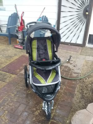 Three wheel stroller for Sale in Glendale, AZ