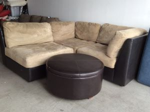 Sectional W/Storage Ottoman for Sale in Chandler, AZ