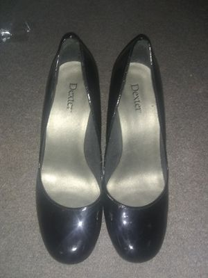 DEXTER HIGH HEELS SZ 8.5 for Sale in Saint Charles, MO