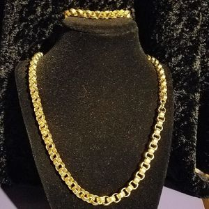 Gold Tone Chain and Bracelet for Sale in Puyallup, WA
