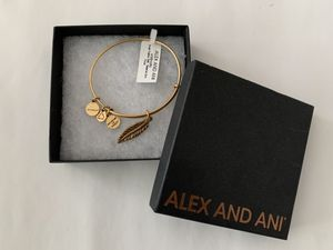 Alex and Ani Small Feather Charm Bracelet for Sale in Norwalk, CA