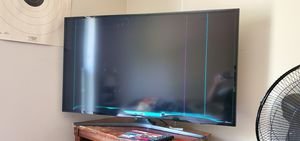 Samsung 50inch smart TV Broken. for Sale in Southfield, MI