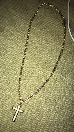 14k gold cross pendant and chain for Sale in Affton, MO