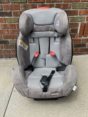 The Evenflo® Symphony™All-In-One Car Seat for Sale in Brooklyn, NY
