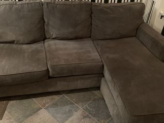 Gray Sectional Couch for Sale in Portland,  OR
