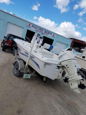 17ft proline sport center console boat for Sale in Boca Raton, FL