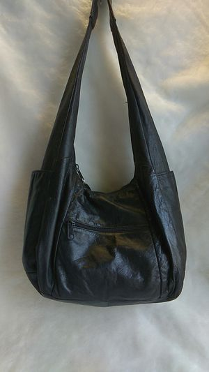 Black Leather Hobo Bag for Sale in Overland, MO