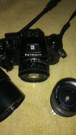 Nikon camera with all 3 lenses for Sale in Philadelphia, PA