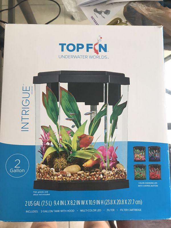 Topfin aquarium with one filter