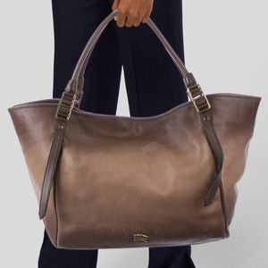 BURBERRY BROWN OMBRÉ $350.00 for Sale in Los Angeles, CA