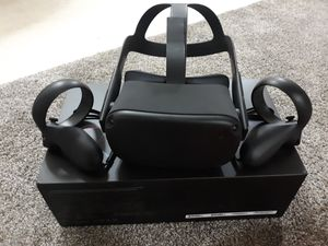 Oculus Quest 128GB *TRADES ONLY* for Sale in Cadott, WI