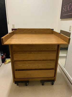 Baby changing table/dresser for Sale in Phoenix, AZ