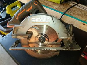 CIRCULAR SAWDUST RIDGID BATTERY NOT INCLUDED for Sale in Phoenix, AZ