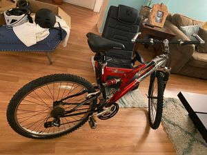 Mongoose xr 100 mountain bike for Sale in Los Angeles, CA