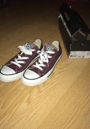 NEVER WORN, Converse All Stars, Burgundy, women's 6 for Sale in Germantown, MD