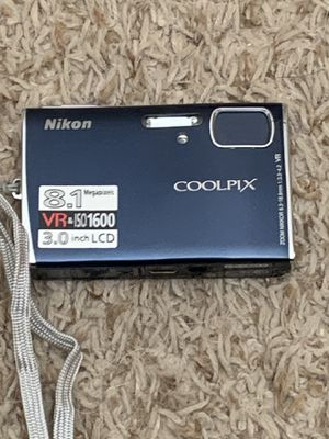 Nikon coolpix s51 for Sale in Appleton, WI