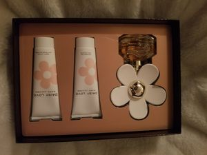 Daisy Love 3pc Perfume Set for Sale in Washington, DC