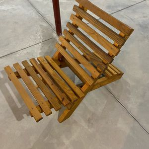 4 Wood Patio Chairs for Sale in Mount Vernon, OH