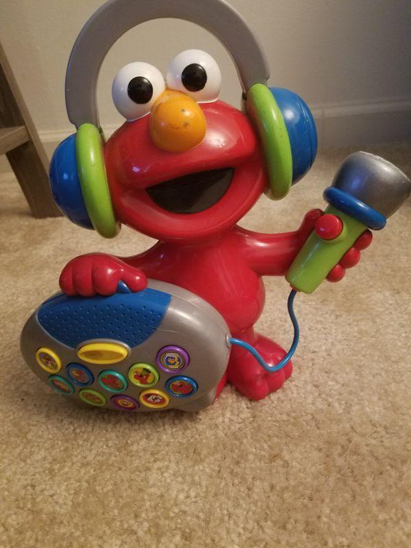 Sing along Elmo